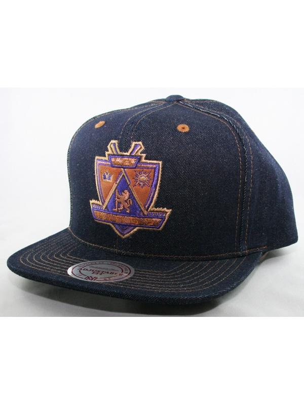 Mitchell & Ness LA Kings Cap (dark denim)