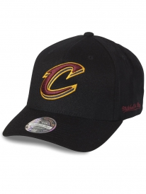 Mitchell & Ness Cleveland Cavaliers 110 Curved Eazy Cap (black)