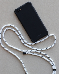 Mayumi Iphone Necklace Case (ice black)