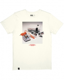 Dedicated NES Consol T-Shirt (off white)